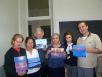 Highlight for Album: Pintores Precursores: Carlos, Vasthi, Martha, Elisa, Bertha e Irene (instructora)-1st group